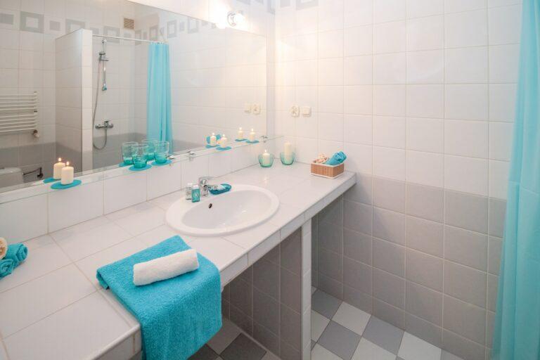 Varför du bör anlita en professionell byggare för din badrumsrenovering